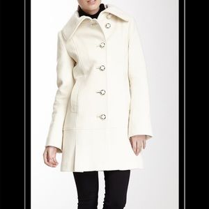 Macakge white Wool blend coat - BRAND NEW
